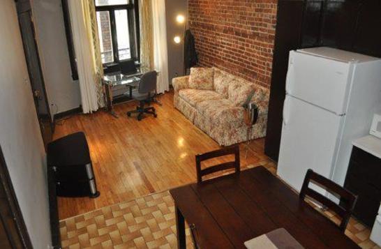 4 1/2 apartment short rental in Montreal